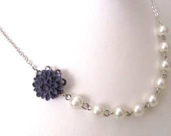 Purple flower necklace with pearls - Pearl necklace - Bridal necklace - Flower girls necklace