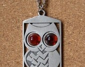 Vintage Brown Eyed Owl Pewter Necklace