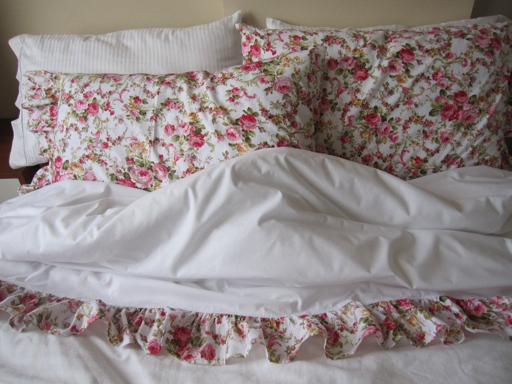 Shabby Chic Bed Pillows : Ruffled bedding pillow cases shabby chic by nurdanceyiz on Etsy
