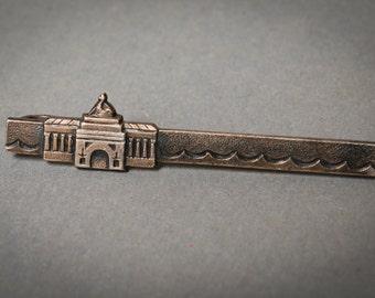 Vintage silver plated tie bar clip.