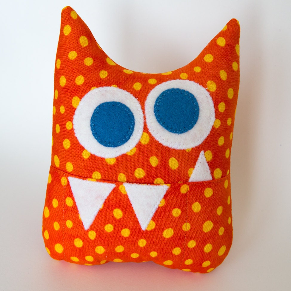Cute Monster Pillow : Tooth Fairy Pillow Personalized Monster by MyCreativeFrenzy