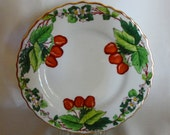 Collector Plate Trimmed in Gold SAXE Strawberries Made in Bavaria 1904