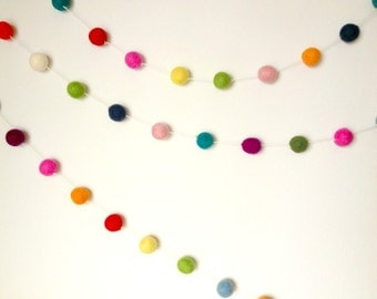 White String Felt Ball Garland 100 ct 14ft Felted balls by YUMMI