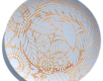"""Indian Lace Wood Grain 10"""" Plate, Gray"""