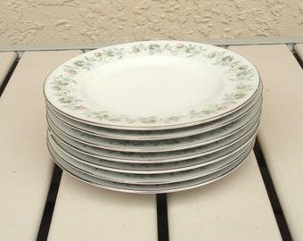 Johann HAVILAND Bavaria FOREVER SPRING Pattern 7 Bread And Butter Plates.
