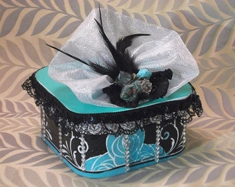 Decoupaged floral box, memory box, hand painted box, decoupaged box, decorated box, ,
