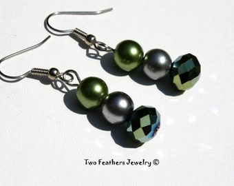 Green And Gray Beaded Earrings - Bridesmaid Gift - Bridal Jewelry - Gift For Her - Glass Pearl Earrings - Glass Earrings - Green Earrings