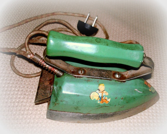 Antique Child's Electric Iron by Samson-United Co. Over 70 Years Old Chrome with Green Decorated Enamel Wood Finger Grip Handle