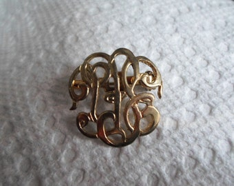 Vintage Gold Tone Scroll Monogram Pin/Brooch Small 1960s to 1970s
