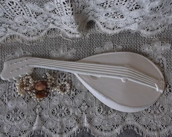 Shabby Mandolin, Vintage metal Wall Decor ,Creamy white, Romantic French country