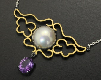 Cloud pattern mabe pearl and amethyst featured silver necklace with fine gold