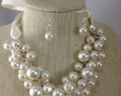 special 24 Ivory pearl chunky necklace - bridesmaid jewelry-statement necklace, bauble necklace chunky pearl necklace, bridesmaid necklace