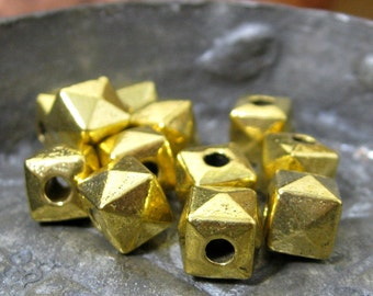Faceted Cube Beads Zinc Alloy Antique Golden 7.5mm 12 pieces