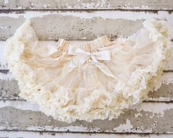 Baby Pettikskirt - girls pettiskirt -ivory petti skirt - newborn pettiskirt- ivory tutu -lace tutu dress  -lace outfit - lace pettiskirt