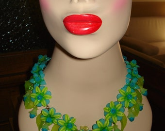 vintage lucite floral necklace