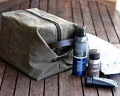 Waxed canvas dopp kit - waxed canvas toiletry bag - Cosmetic bag - Waxed Canvas bag - dopp kit - personalized gift - for man, Christmas gift