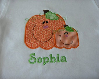 Smiling Pumpkins Custom boutique appliqued monogrammed personalized, boys, girls, t shirt, one piece w/snaps, fall, halloween