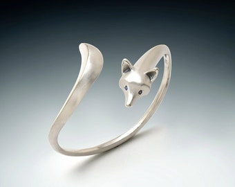 fox bracelet, sterling silver.  pick your colored stone eye color