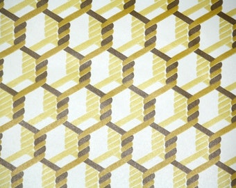Retro Wallpaper by the Yard 70s Vintage Wallpaper - 1970s Yellow and Brown Braided Rope Chain Links Geometric Honeycomb on White