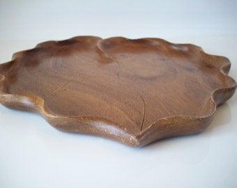 Monkey Pod Wood Large Leaf Tray