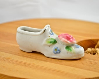 Small Bone China Shoe collectible, Occupied Japan