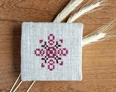 Mini notebook - Hand embroidered - Fabric covered - Linen - Rustic - Purple - OOAK