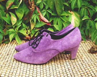 Vintage 70's Purple Lace up Heels suede womens shoes US 8.5