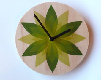 Objectify Leaf Wall Clock - Medium Size