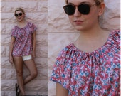 vintage 70s floral print peasant blouse  /  1970s trapeze tunic top with drawstring bow neck  /  osfm