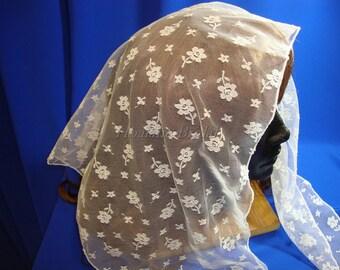 Lace Scarf, Triangle lace Mantilla