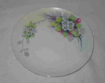 """Neat Vintage 8"""" Hand Painted NIPPON Plate Flowers"""