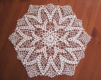 New Vintage-chic Handmade Cotton Cloth Crochet Doily