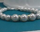 White Pearl Bracelet, Bridesmaid Jewelry,  Bridal Accessories,  Bridesmaid gift