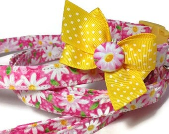 Pink Daisy Dog Collar and Leash Set size Extra Small