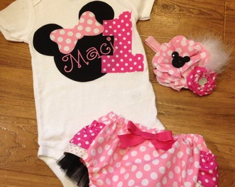 Minnie mouse head birthday outfit in pink