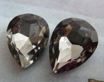 2 glass jewels, 18x13mm, black diamond, pear