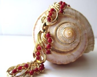 Gold Tone and Red Bead Bracelet