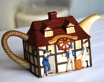 Vintage Teapot The Lord Nelson Pub Traditional English Great Condition Excellent Gift or Addition to Your Collection