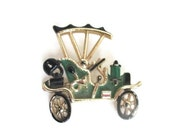 Vintage Car Brooch Novelty Green Black Gold