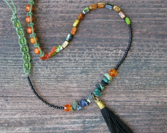 Boho Wrap Kneelet, Gemstone tassel Knee Garter, Beaded Tribal knee bracelet, hippie, gypsy, Tassel Knee Bracelet, Funky  Jewelry