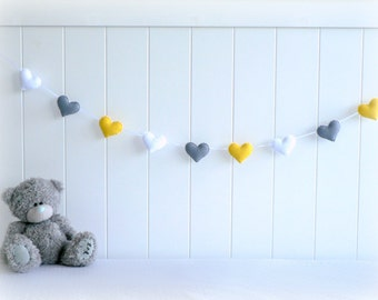 Heart banner/ garland/ bunting in white, gray and yellow felt - Nursery decor - birthday decoration - MADE TO ORDER