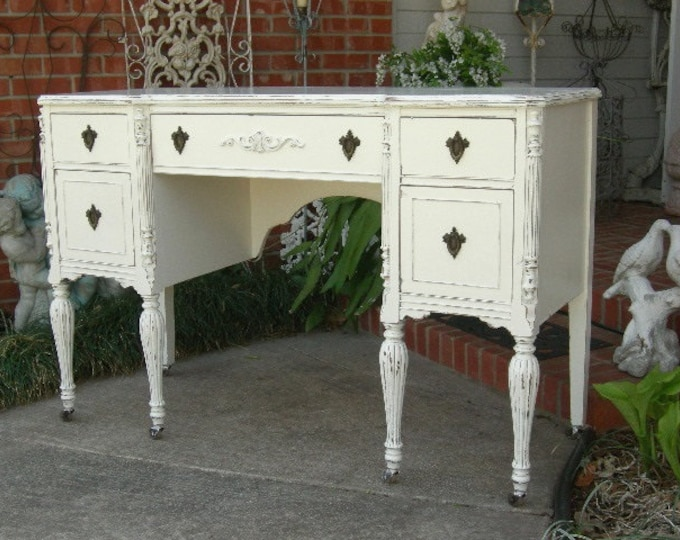 CUSTOM ORDER DESK For You! Shabby Chic Desk Shabby Chic Furniture Hand Painted Furniture Painted Desk Antique desk