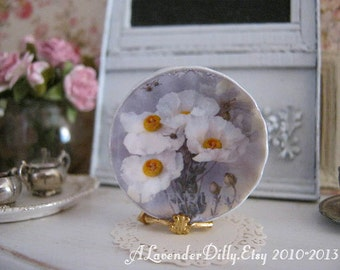 Icelandic Poppies Plate for Dollhouse