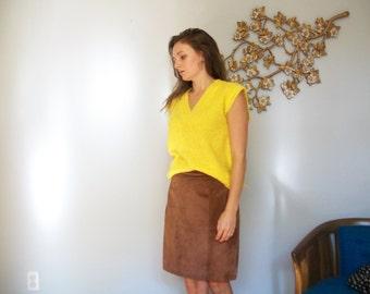 SALE Vintage 70's Brown Leather Skirt- High waist (( Size  Medium 6-8 ))