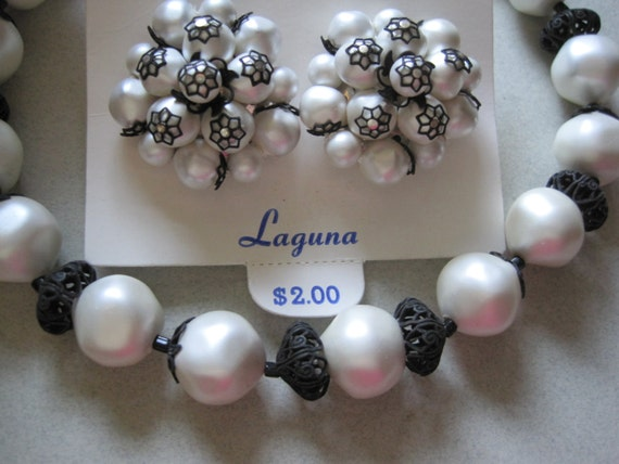 Vintage Laguna TWO PIECE SET Single Strand Faux Pearl Choker Necklace Earrings Original Card old stock never worn costume jewelry Mad Men
