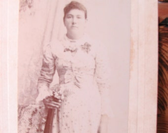 Cabinet Card Photo of Young Woman