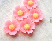 11 mm Pink Little Resin Flower Cabochons  (.s)