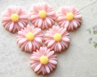 13 mm Light Light Pink Colour Little Chrysanthemum Resin Flower (.sm)