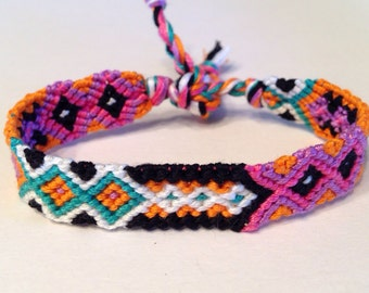 Multicolored Arrows - Friendship Bracelet