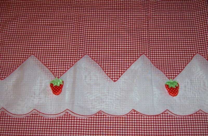Vintage Curtains Two Sets Red And White Gingham